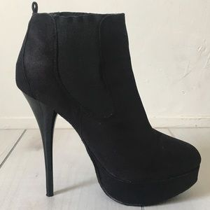 Shoes - Black Platform Ankle Boots